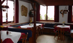 800-800_images_stories_restaurant_zorbas002