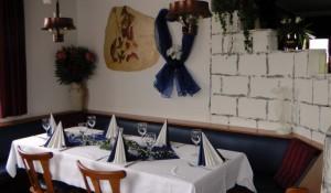 800-800_images_stories_restaurant_zorbas021